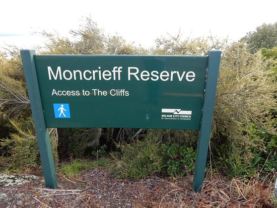 Moncrieff Reserve