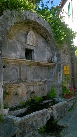 Fontana di Carraia