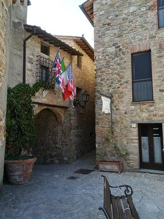 Canalicchio, Italie : IMG_20180813_151533_large.jpg