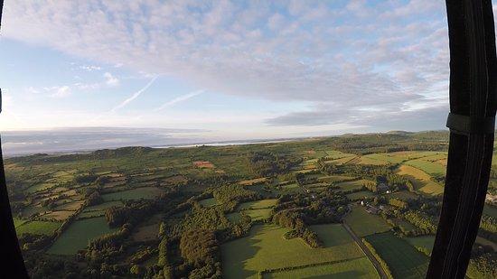 Saint-Yvi, France: Vue d'en haut des Monts d'Arrêts
