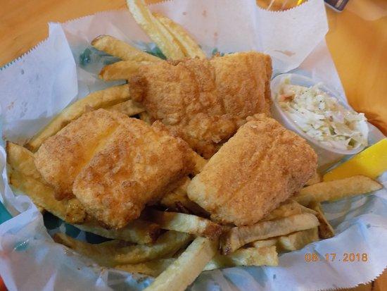 Acton, ME: Haddock/Fries/slaw