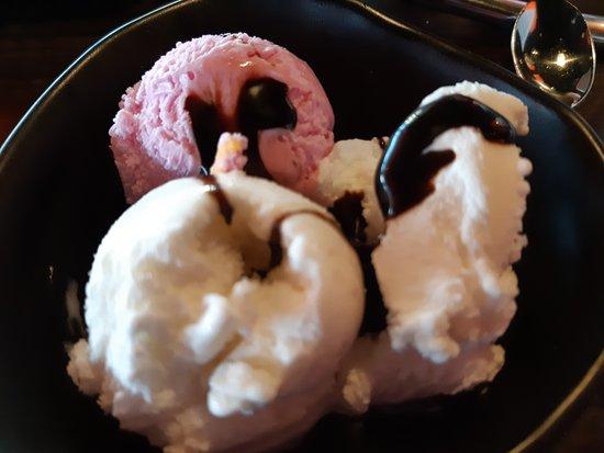 22HIGH Wereldrestaurant: klein ijsje