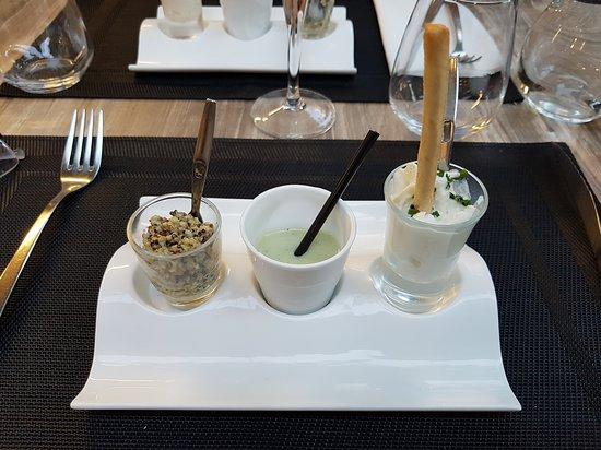La premi re salle lorsque nous sommes entr s photo de - Le salon des gourmets salon de provence ...