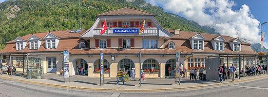 Boenigen, Schweiz: Interlaken Ost train station