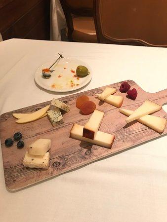 Goizeko Kabi: tabla de quesos
