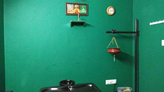 Kerala Ayurvedic Massage Center