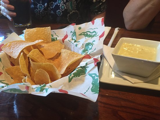 Sandston, VA: Chips and Queso