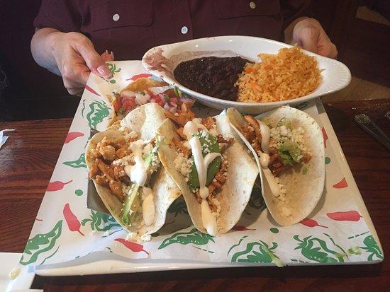 Sandston, VA: Chicken Avocado Tacos