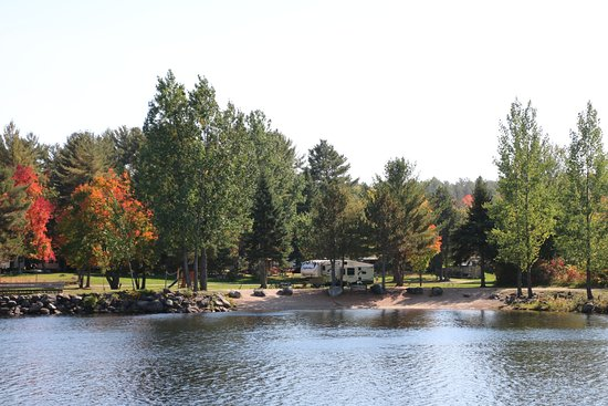 Sid Turcotte Park Camping and Cottage Resort