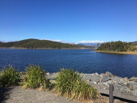 Gilston, Australia: Lake view