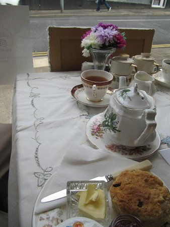 Cinderellas Tea Room and Dress Shop: Truly English!