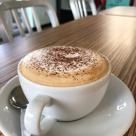 Aberporth, UK: Perfect cappuccino