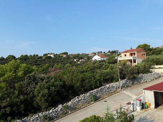 Rogac, Croatia: 20180817_080207_large.jpg