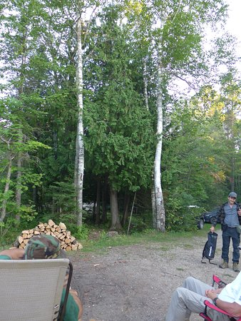 Seney, Мичиган: Loved visiting friends at their campsite.