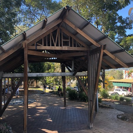 grasshoppers nimbin tour byron bay 2019 all you need. Black Bedroom Furniture Sets. Home Design Ideas
