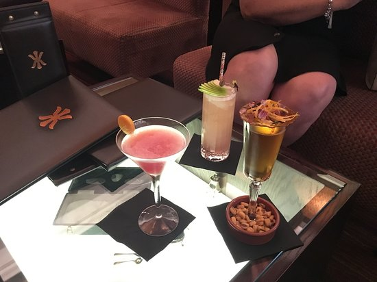 World Service: Cocktails - very nice!!