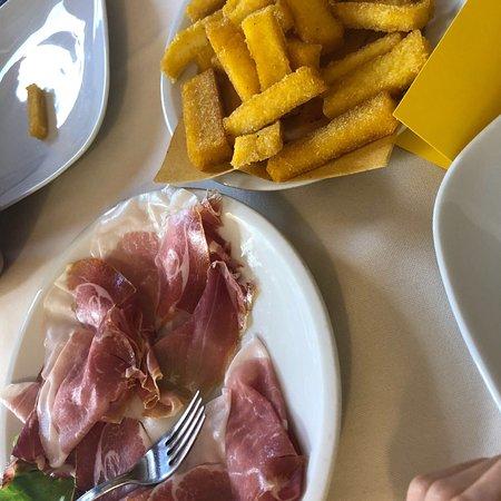 Fiumalbo, Italy: photo2.jpg
