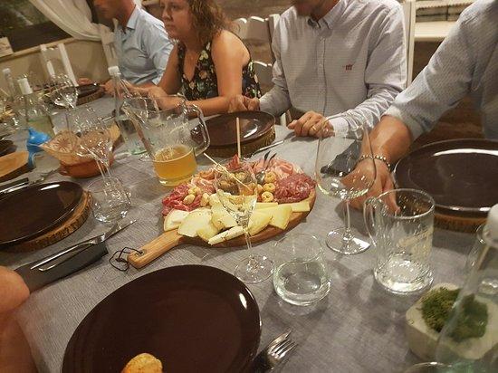 Picciano, Italy: 20180818_213944_large.jpg