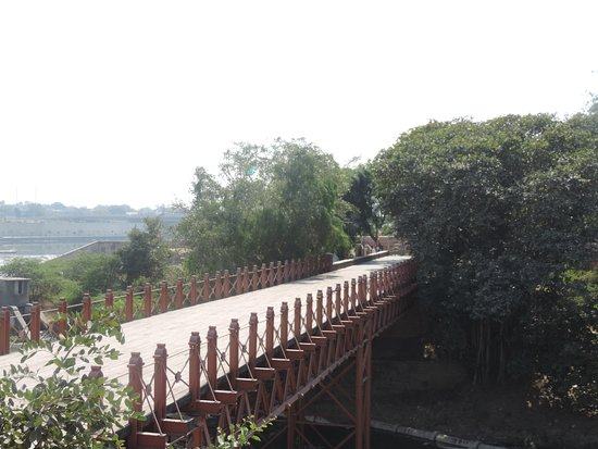 Dandi Bridge