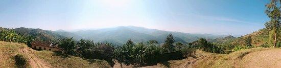 Rubavu, Rwanda: On the way to Bumba
