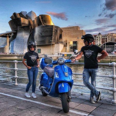 Guggenheim Museum Bilbao: photo0.jpg