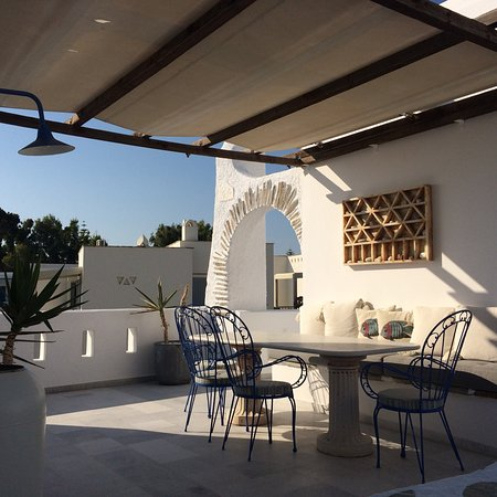 Athina Studios and Suites: photo1.jpg