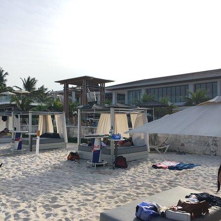 Mamita's Beach Club: photo2.jpg