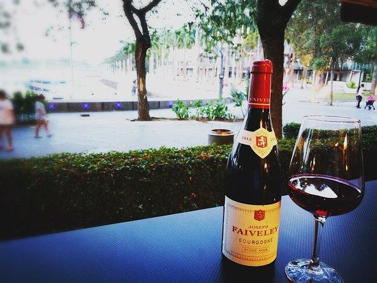 Johor, Malaysia: Wine & dine
