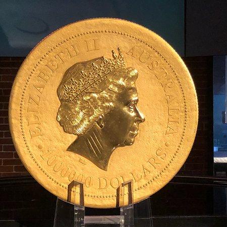 The Perth Mint: photo1.jpg