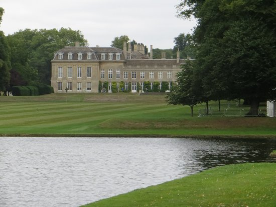Boughton House: The photo of the house was carefully framed to avoid the tents