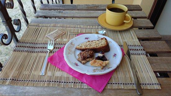 Villa Santa Lucia degli Abruzzi, Италия: Breakfast!