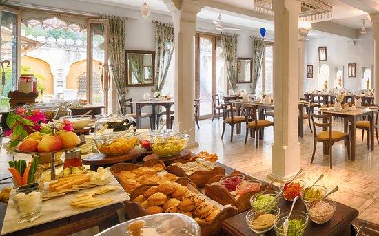 Narlai, Indien: Buffet Breakfast