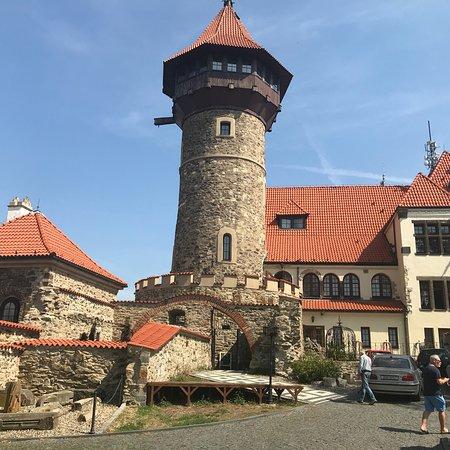 Hnevin Castle: photo0.jpg