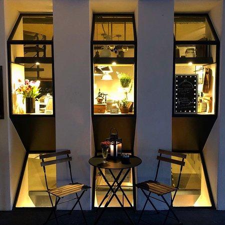 Café Bar Lockentopf | Aussenansicht