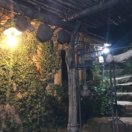 Villagrande Strisaili, Italie : Piatti del menu e ambiente