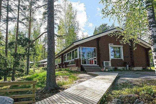 Punkaharju, Suomi: Portinranta-cottage with lake view