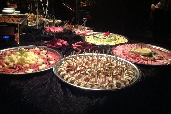 Grand Café De Egelantier: Hapjesbuffet