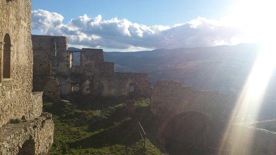 Castello di Laurenzana