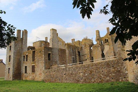 Lassay-les-Chateaux, France: château le bois thibault
