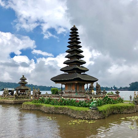 Ulun Danu Bratan Temple: photo4.jpg