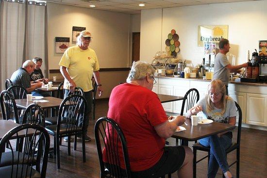 Saint Clairsville, OH: Breakfast Room