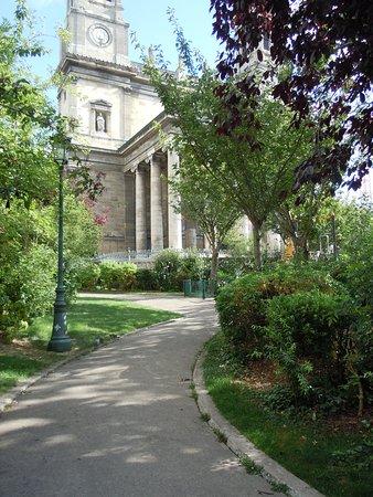 Square Aristide-Cavaillé-Coll
