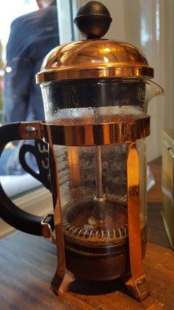 De Ouwe Smidte: tussen 10-11 koffie voor een 1 euro, niet gehad maar wel populair