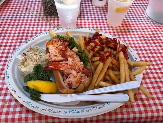 Moby Dick's: Lobster roll, Cole slaw and French fries