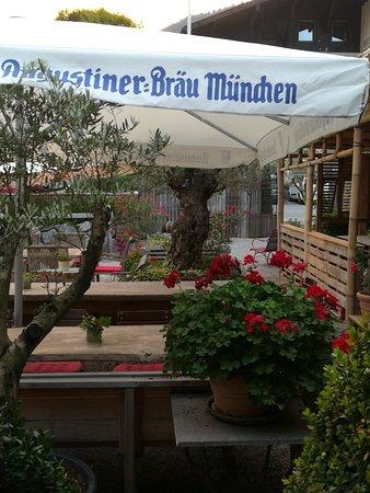 Oberau, Jerman: Schotten's Postgarten