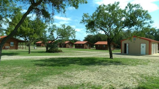 Camp Wood, TX: guest cabins