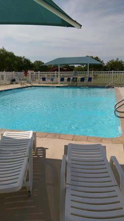 Camp Wood, TX: pool before opening in morning