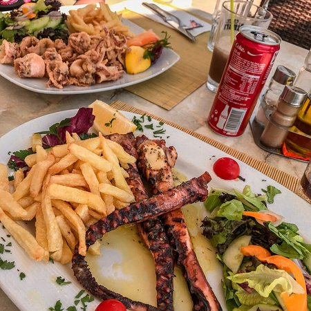 Sea Breeze Restaurant: photo0.jpg