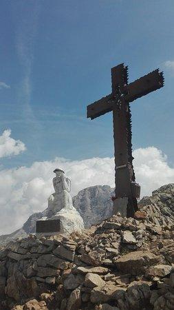 Passo Rolle, إيطاليا: Statua del Cristo Pensante