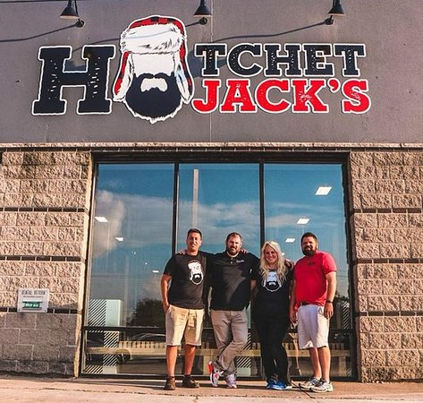 Iowa City, Айова: Welcome to Hatchet Jack's!!